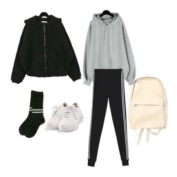 ABLY 운동시작 레깅스,daily monday Daily raglan crop hood,ROCOSIX active basic sneakers등을 매치한 코디