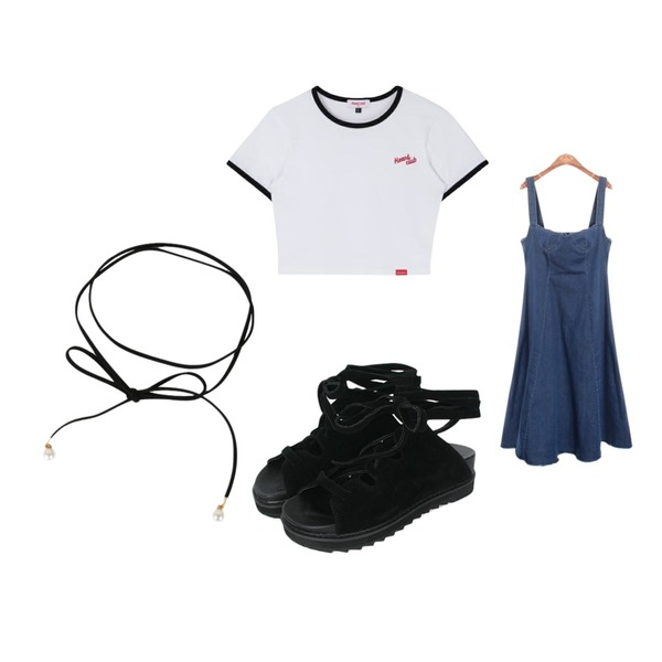 biznshoe Suede gladiator sandal,MIXXMIX Heart Ringer Crop Top,ROCOSIX train denim overall OPS등을 매치한 코디