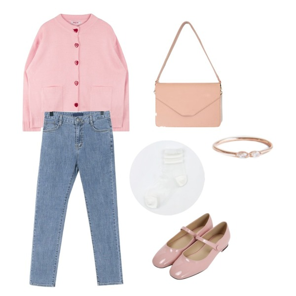 MIXXMIX Heart Button Cardigan (Pink),daily monday Normal clean denim skinny,From Beginning Holly enamel mary-jane_M (size : 225,230,235,240,245,250)등을 매치한 코디