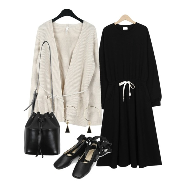 AIN lover ribbon flat shoes (225-250),From Beginning [프리오더] Cozy string flare ops_M (size : free),daily monday String loose cardigan등을 매치한 코디