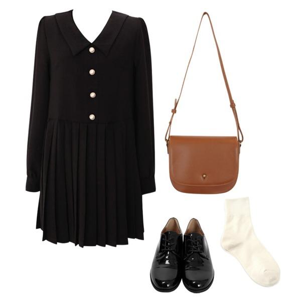 From Beginning Journal daily loafer_K (size : 230,235,240,245,250),common unique [BAG] ANTIQUE SQUARE CROSS BAG,common unique [OPS] ELEGANT PERL PLEATS OPS등을 매치한 코디