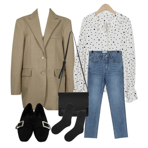 From Beginning Push over single jacket_S (size : free),From Beginning Dot frill string blouse_K (size : free),From Beginning Washing slim denim pants_B (size : S,M,L)등을 매치한 코디