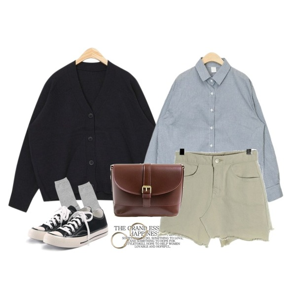 Untitled,AIN every day v-neck cardigan,AIN spring natural check shirts등을 매치한 코디