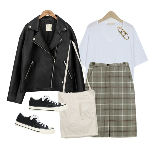 common unique [OUTER] BLACK PLAT RIDER JACKET,TODAY ME [skirt]제크 스커트(미디 H라인 일자 트임 슬릿 체크sk),From Beginning Slop modal u-neck T_K (size : free)등을 매치한 코디