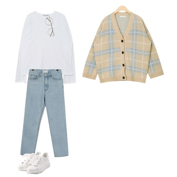 From Beginning Much straight slim jean_H (size : S,M),AIN penny check cardigan,MIXXMIX 서울 슬라브 와이드 탑등을 매치한 코디