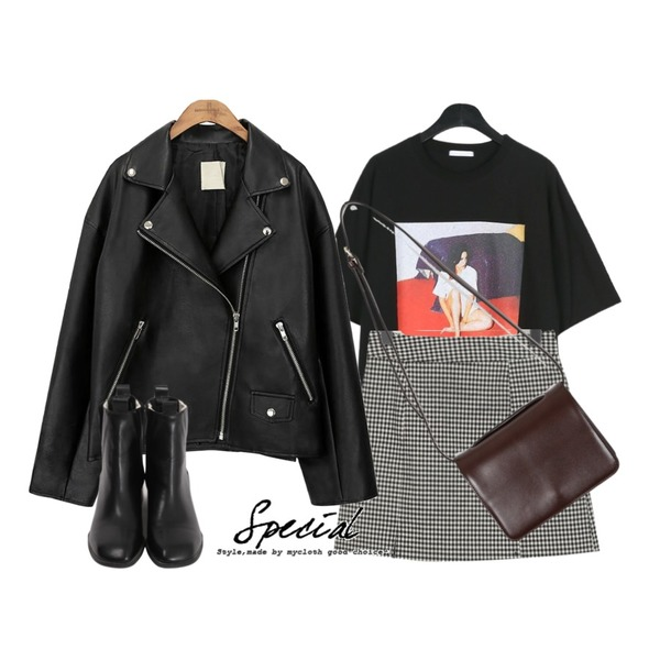 common unique [OUTER] BLACK PLAT RIDER JACKET,daily monday Sensual printing tee,From Beginning Dazzling A-line check skirt_M (size : S,M)등을 매치한 코디