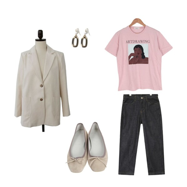 AIN relaxed wide pants,From Beginning Real sable flat shoes_K (size : 225,230,235,240,245,250),BULLANG GIRL 전시회가즈아반팔T등을 매치한 코디