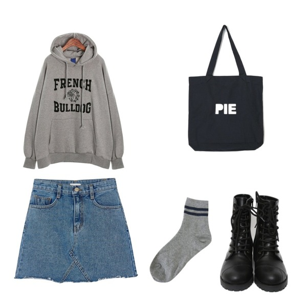 ROCOSIX bulldog hood T,BANHARU free cutting denim skirt,Zemma World Twice-삭스등을 매치한 코디