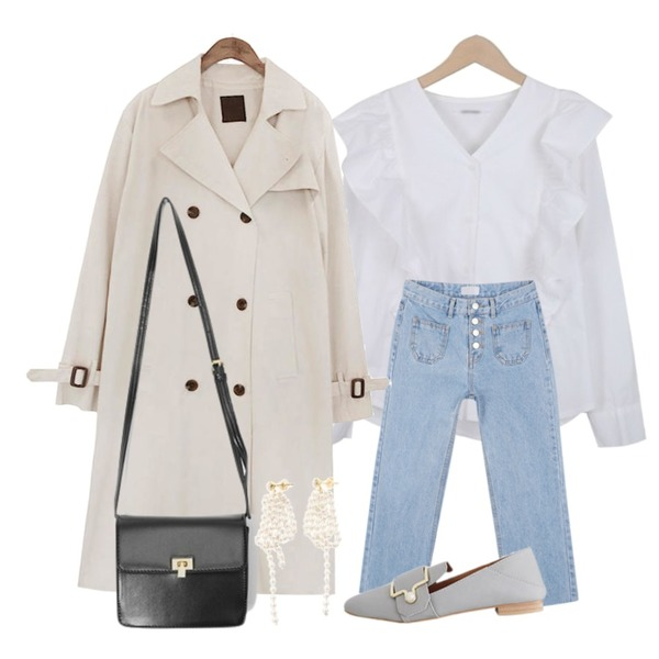 common unique [OUTER] CLASSIC CHIC TRENCH COAT,myblin 포 버튼 프론트 포켓진,myblin 프릴 포인트 블라우스등을 매치한 코디