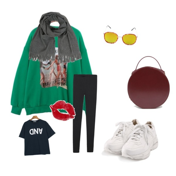 Reine Beatles Knit Leggins ,ROCOSIX active basic sneakers,ROCOSIX true printing MTM등을 매치한 코디