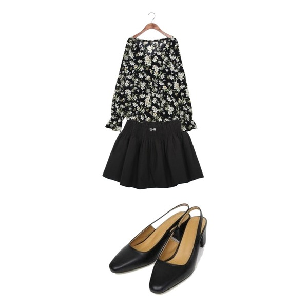 AIN with slingback heel (225-250),common unique [TOP] LILY JEWELRY BUTTON BANDING BLOUSE,myblin 주름 고무줄 스커트등을 매치한 코디