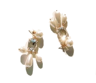 CHANDELIER PEARL DROP EARRING