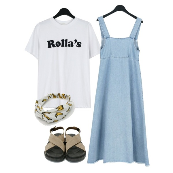 daily monday Rolla lettering tee,daily monday Vintage cool denim one-piece,daily monday Cross detail simpale sandals등을 매치한 코디