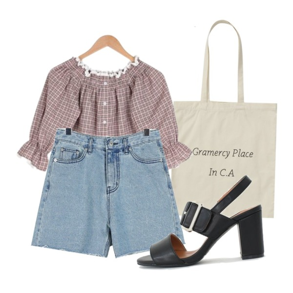 BULLANG GIRL 감탄해오프숄더BL,daily monday Cool washing half pants,From Beginning Pastel lettering cotton bag_H (size : one)등을 매치한 코디