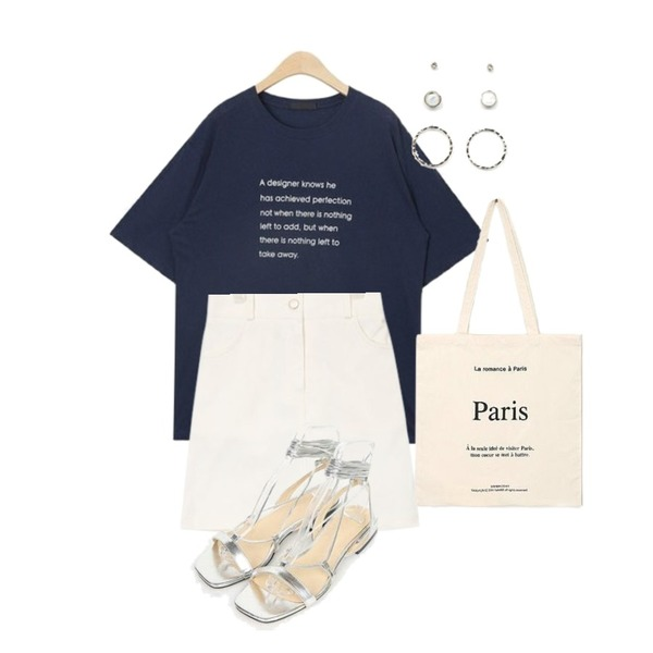 AIN mary cotton mini skirt,AIN take away typo T,AIN romance paris eco bag등을 매치한 코디