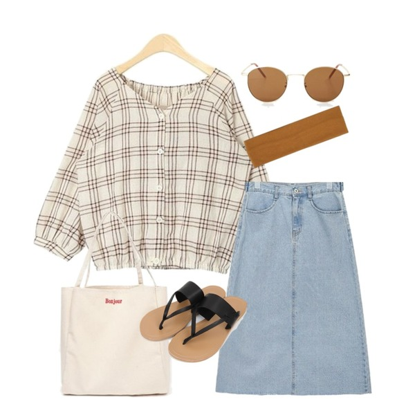 AIN cute mini check blouse,AIN gold browny sunglass,AIN back slit midi denim skirt등을 매치한 코디