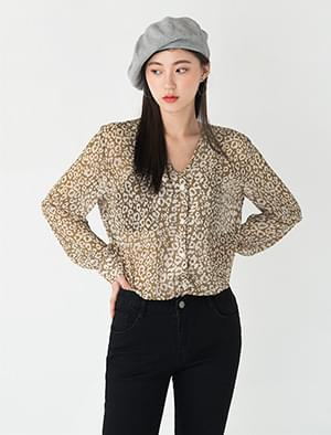 leopard pattern see-through blouse