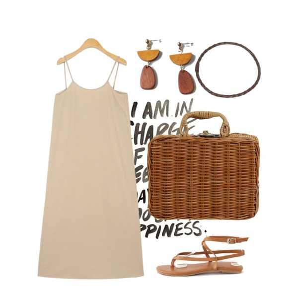 the writing,From Beginning Bamboo picnic handle bag_H (size : one),AIN mute shirring sleeveless ops등을 매치한 코디