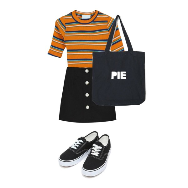 AIN daily casual sneakers (230-250),GIRLS RULE [스타착용] 레트로 쥬시 크롭티 (t4774),MIXXMIX Peanut Button Skirt Pants등을 매치한 코디