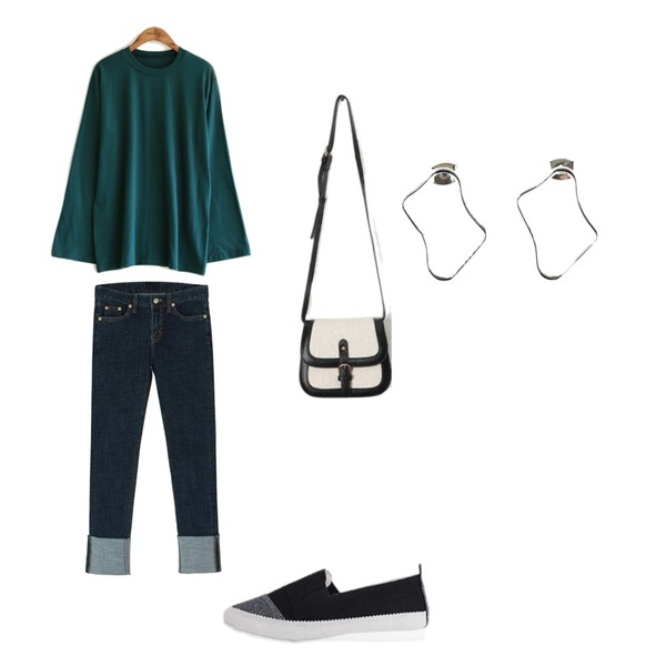 common unique [TOP] COLOR WIDE SLEEVE T,BANHARU roll-up slim straight pants,LOVELY SHOES 이브론 시트 슬립온 1.5cm등을 매치한 코디