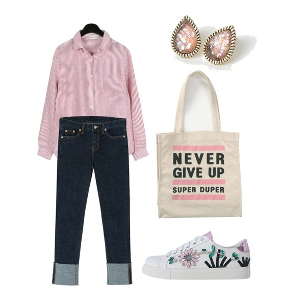 From Beginning Never printing canvas bag_S (size : one),BANHARU roll-up slim straight pants,daily monday Bright stripe shirts등을 매치한 코디