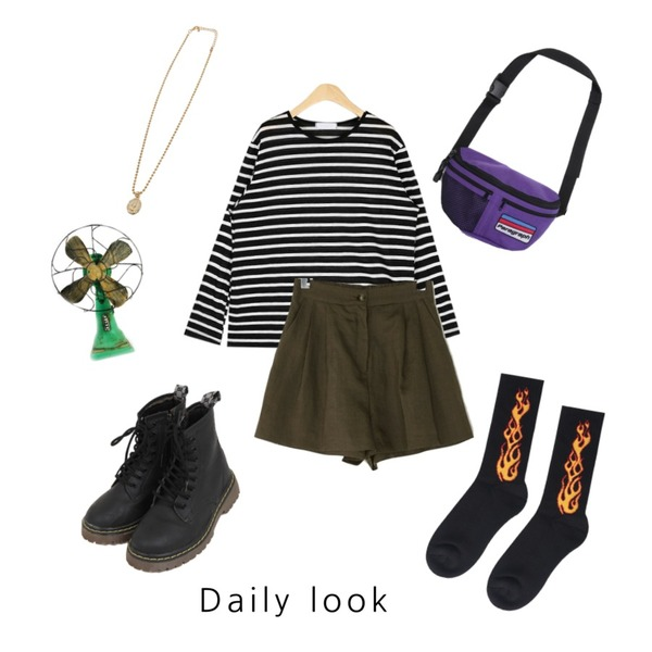 BANHARU linen pintuck banding shorts,openthedoor flame ankle up socks (2 color),AIN rolly linen stripe T등을 매치한 코디