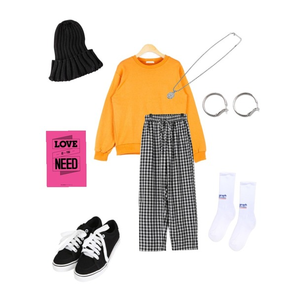 daily monday Gingham check cozy pants,openthedoor coin spherical necklace (2 color),AIN different casual mtm등을 매치한 코디