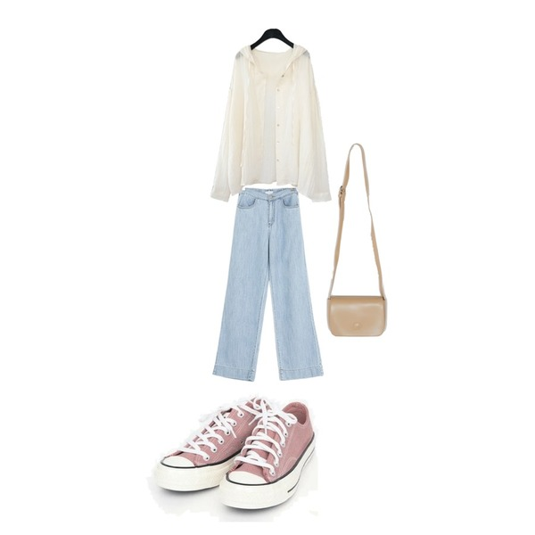 AIN coloring canvas sneakers (225-250),ROCOSIX 제리 코튼 팬츠,AFTERMONDAY natural mood hoodie blouse (2colors)등을 매치한 코디