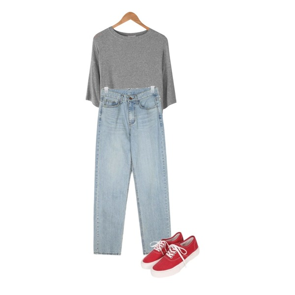 biznshoe Couple sneakers (4color),BANHARU daily tencel tee,AIN fancy straight denim pants (s, m, l)등을 매치한 코디