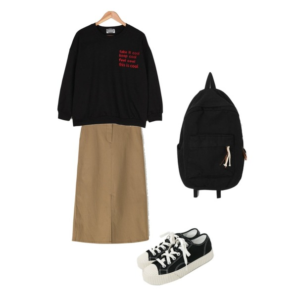 daily monday Simple every day sneakers,BANHARU stitch detail front slit skirt,BULLANG GIRL 디스이즈쿨자수MTM등을 매치한 코디