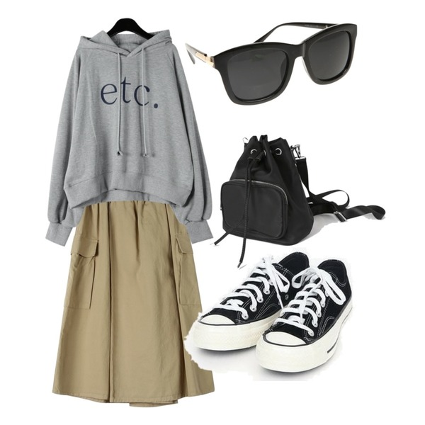 AIN coloring canvas sneakers (225-250),daily monday Etc typo boxy hood,daily monday Cute pocket banding skirt등을 매치한 코디