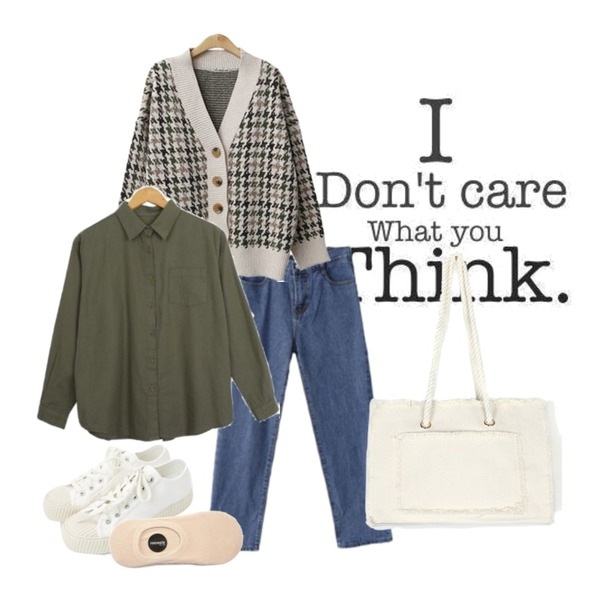17,daily monday Simple every day sneakers,ENVYLOOK [22XX]클린핏보이팬츠등을 매치한 코디