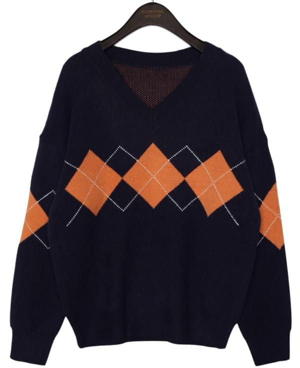 SMOOTH WOOL ARGYLE V NECK KNIT