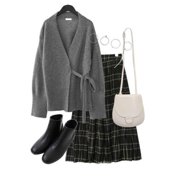 AIN check pleats banding long skirt (2 colors),From Beginning Clip hard cross bag_H (size : one),AFTERMONDAY wool strap robe cardigan (3colors)등을 매치한 코디