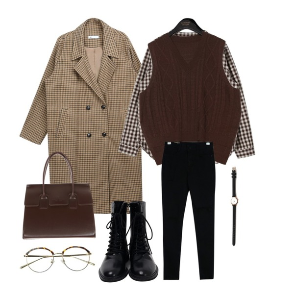 daily monday Non collar check shirt,MIXXMIX Essay Check Long Coat (Wool 10%),common unique [OUTER] 6 COLOR TWIST SLIT KNIT VEST등을 매치한 코디