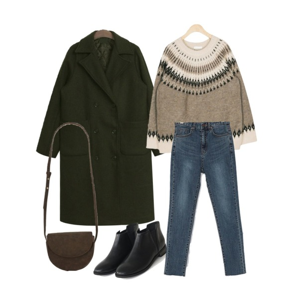 AFTERMONDAY simple chelsea boots (3colors),TODAY ME 끌레르 코트,AIN bobby snow knit등을 매치한 코디
