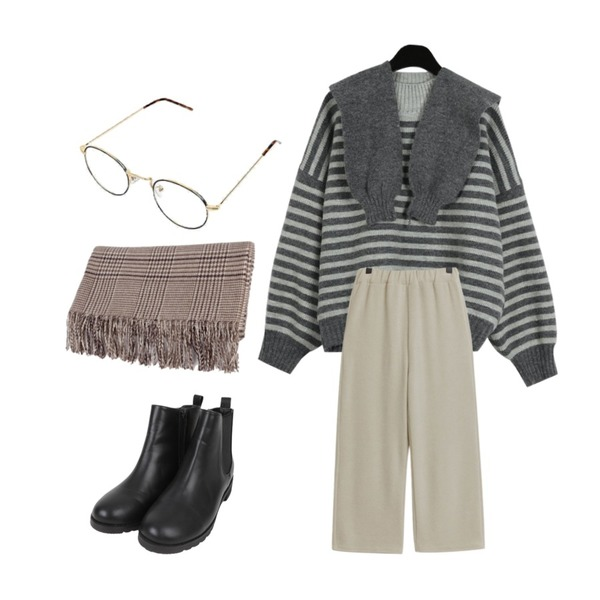 AIN black line point glasses,daily monday Cute hooded stripe knit,TODAY ME 머스트 팬츠등을 매치한 코디