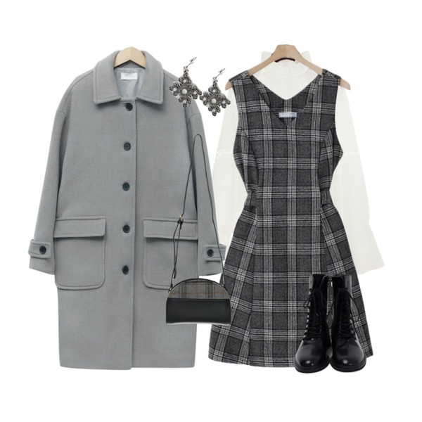 From Beginning From wool single coat_S (울 90%) (size : free),common unique SHELL WRINKLE SEETHROUGH BLOUSE,Cats Onepiece 체크 뷔스티에원피스 연말룩등을 매치한 코디