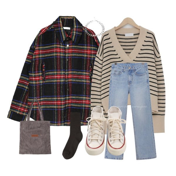 openthedoor tartan check quilt jacket (3 color) - UNISEX,From Beginning Dean stripe v-neck knit_M (울 45%) (size : free),common unique [BOTTOM] WESS SEMI BOOTS DENIM PANTS등을 매치한 코디
