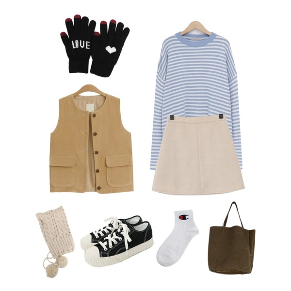daily monday Simple every day sneakers,From Beginning Sweetie stripe boxy knit_J (size : free),TODAY ME 치트 골덴 조끼등을 매치한 코디