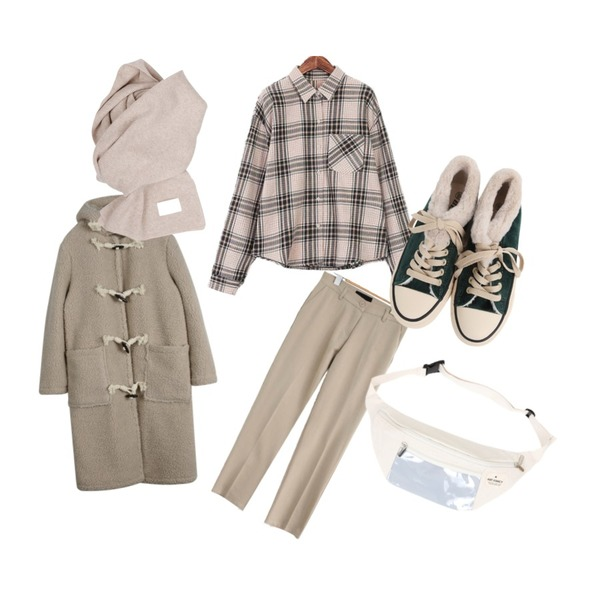 daily monday Dumble boxy long coat,ROCOSIX 웰즈 체크 셔츠,common unique DAILY SPAN BASIC SLACKS등을 매치한 코디