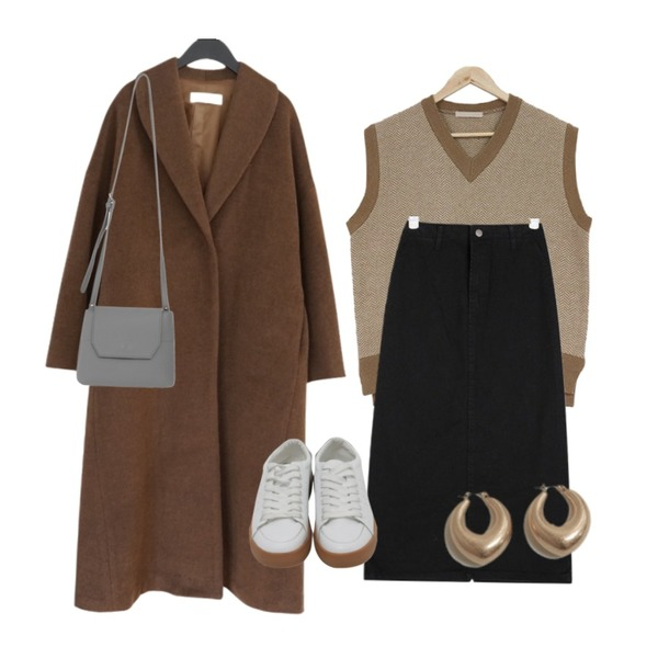 AFTERMONDAY among over fit long coat (2colors),AIN easy cotton midi skirts (s, m),acomma [울80%] 로메이 헤링본 - vest (3COLOR)등을 매치한 코디