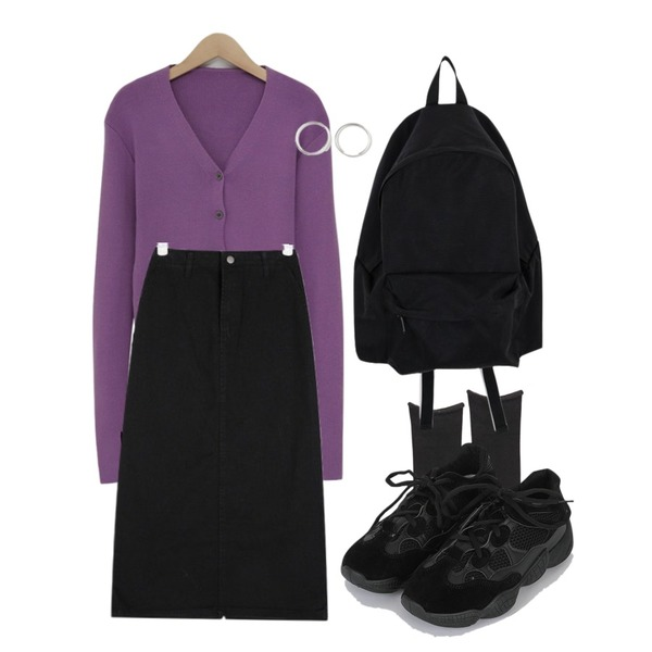 WHOSGIRL 안감기모 면양말 (4 colors),From Beginning Finger warmer v-neck cardigan_S (size : free),somedayif noblesse sneakers (2colors)등을 매치한 코디