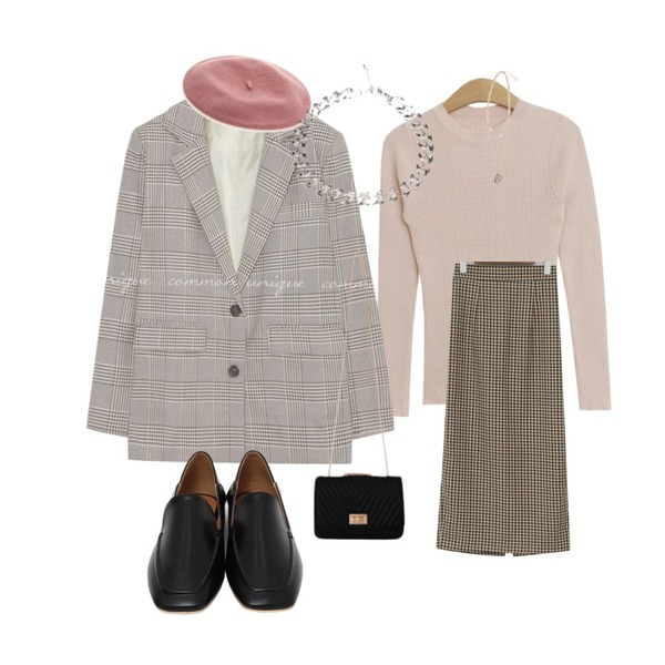 common unique [OUTER] ROLING CHECK SINGLE JACKET,TODAY ME 다니 니트,From Beginning H-line check long skirt_M (size : free)등을 매치한 코디