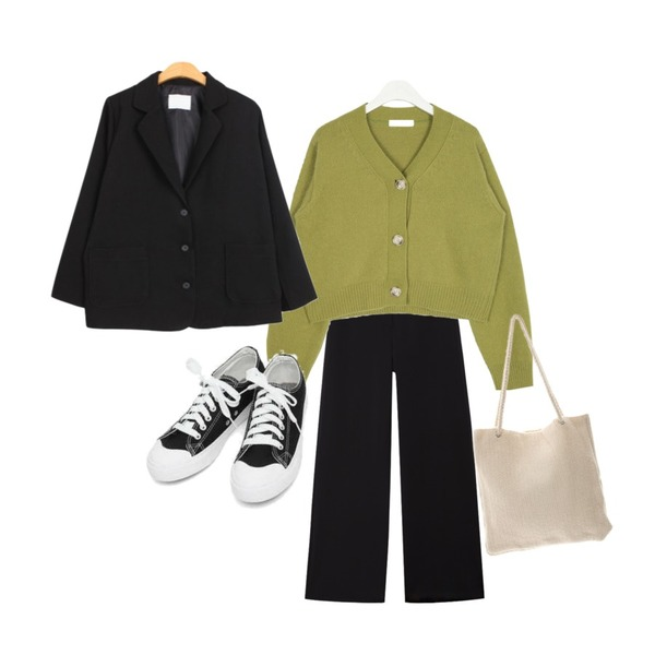 AIN basic monday sneakers (230-250),AIN whether angora crop cardigan,common unique CHEWING WIDE BANDING SLACKS등을 매치한 코디