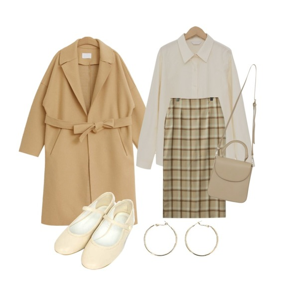 AIN bean often flat shoes (230-250),TODAY ME 모스 코트,From Beginning Paper cotton color shirts_S (size : free)등을 매치한 코디