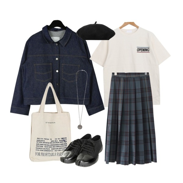 AFTERMONDAY check 2-way skirt (2colors),BULLANG GIRL 오프닝반팔T,daily monday Boxy raw denim jacket등을 매치한 코디