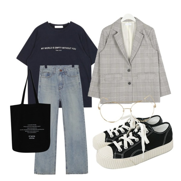 daily monday Simple every day sneakers,AIN plain vintage check jacket,AIN as time lettering T등을 매치한 코디
