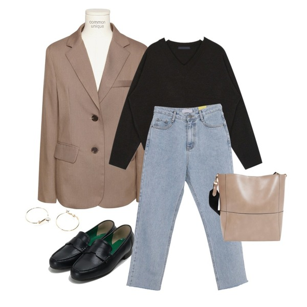 common unique [OUTER] FORMAL BASIC TAILORED JACKET,AIN hazel crop v-neck knit,AWAB 도브와이드일자팬츠등을 매치한 코디