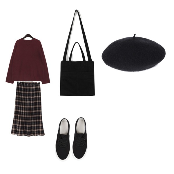 WHOSGIRL 가벼운 3.5센치 스니커즈 (4 colors),common unique VERA LAMB`S WOOL 60% V NECK KNIT,From Beginning Cereal check pleats skirt_Y (size : free)등을 매치한 코디